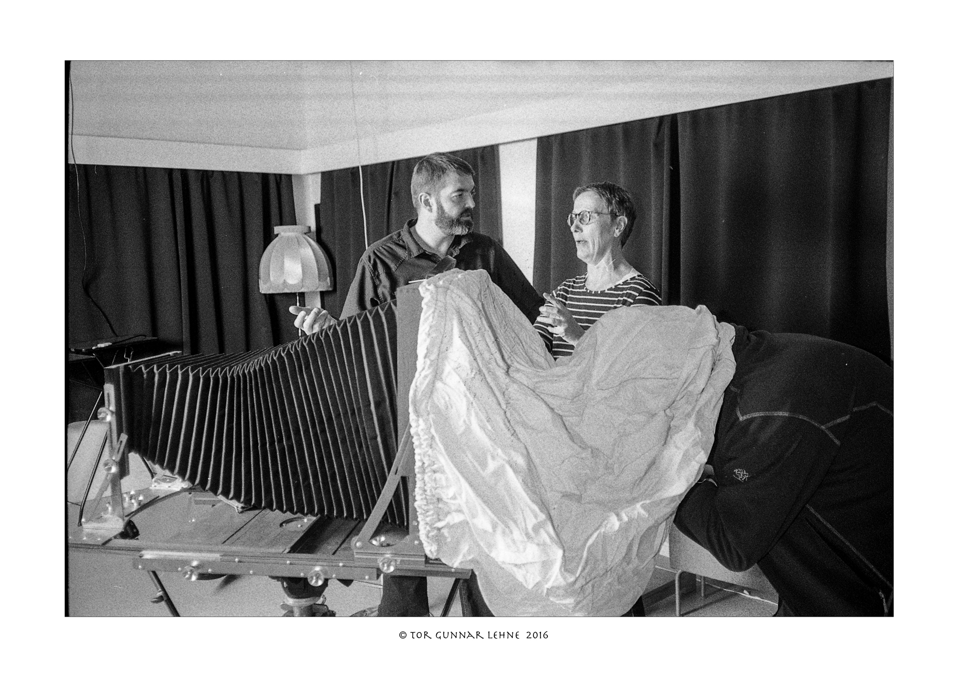 Tromsø Fotoklubbs analoge entusiaster (foto: Tor Gunnar Lehne)