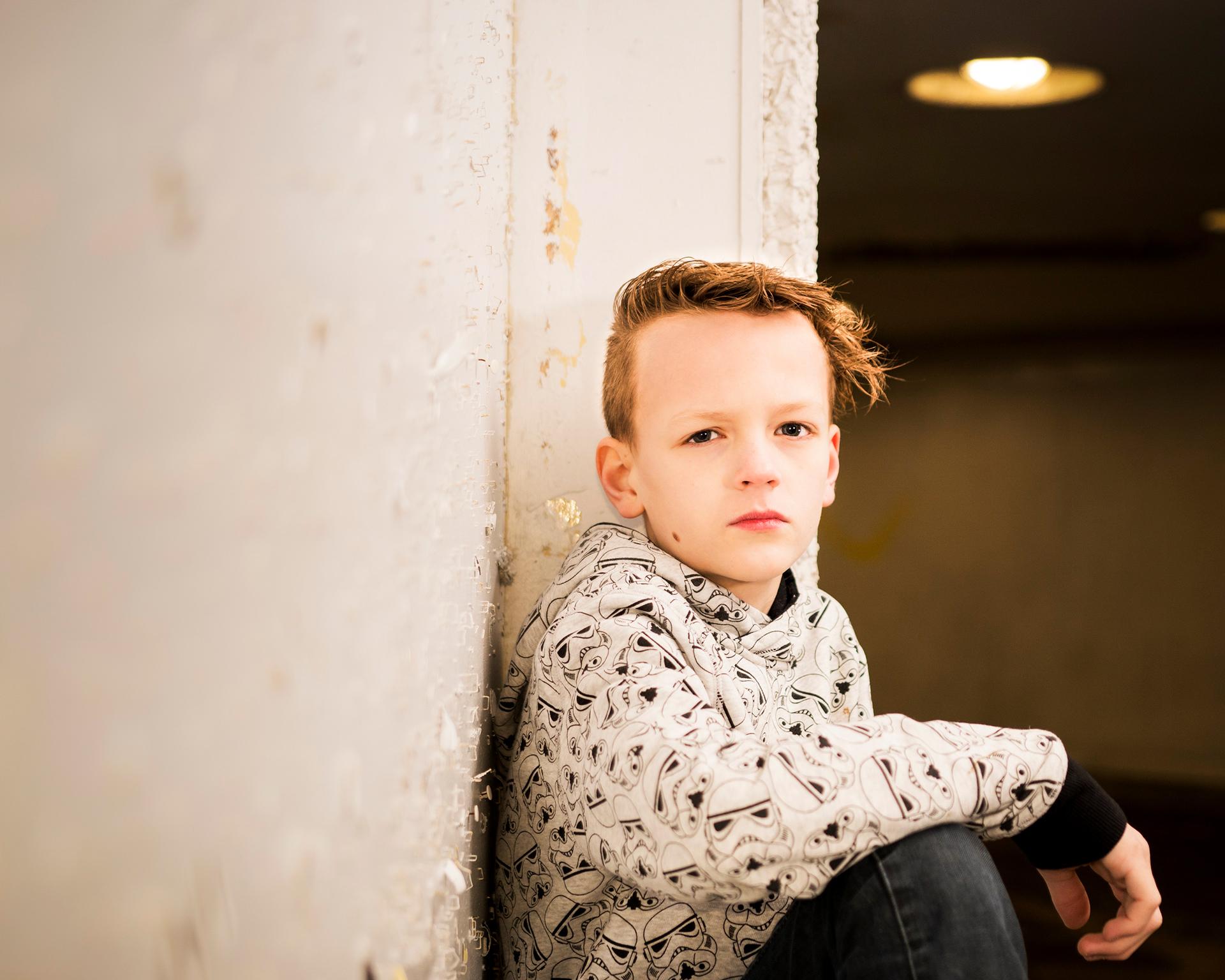 Et av mine første portretter som jeg tok i en undergang på Danmarksplass i Bergen for 2 år siden av min sønn. Enkel blits med softbox.