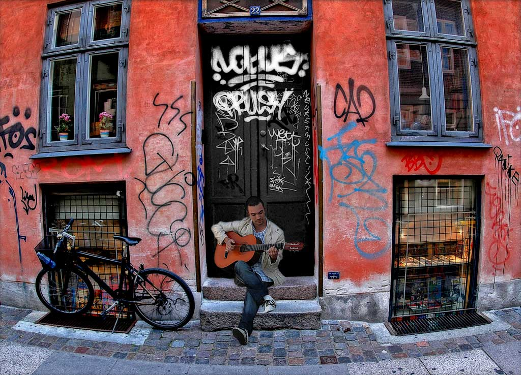 Street Musician--Ole Suszkiewicz