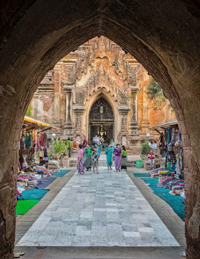 "Arne Bergo ""Pagoda and market"""