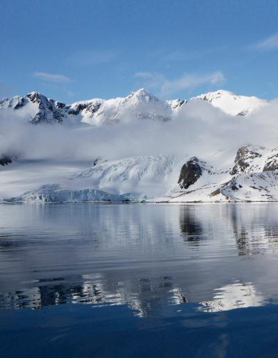 Speiling i Svalbardfjord