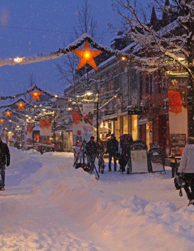 Jørgen Skaug: Christmas Street in Lillehammer