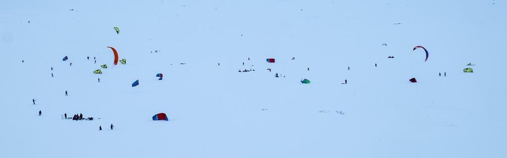 Terje Kolbeinsen: Kiters on the ice