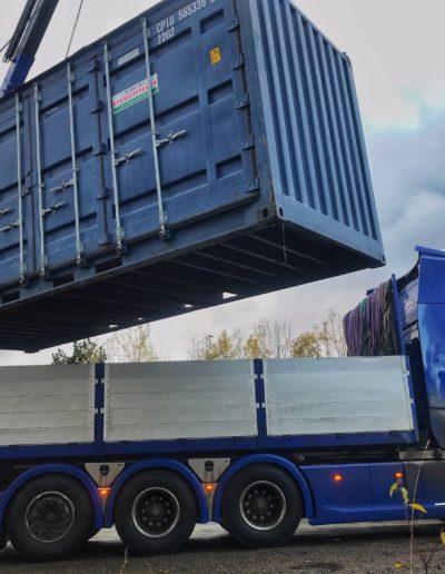 Containerutstilling på gang! Foto: Mette Eide