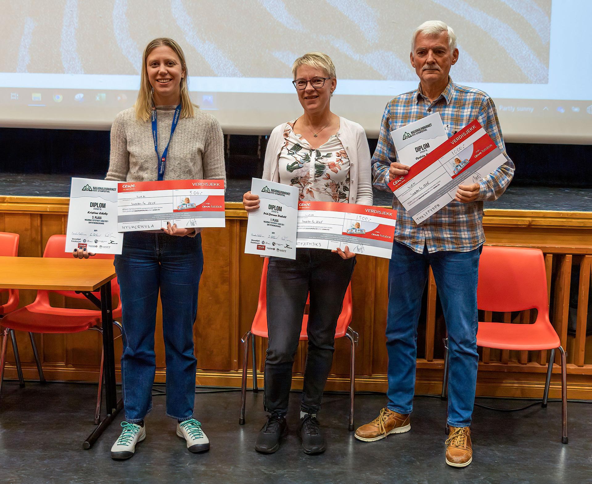 Vinnarane av treffkonkurransa(foto: Svein Ole Valde)
